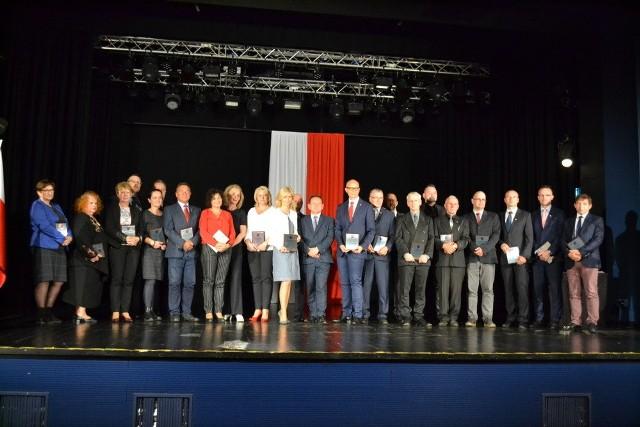 Na sali widowiskowej Miejskiego Domu Kultury w Lublińcu odbyła się ostatnia w tej kadencji, 55. sesja Rady Miejskiej w Lublińcu