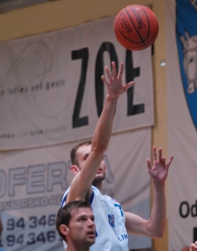 Paweł Bogdan (nr 7).