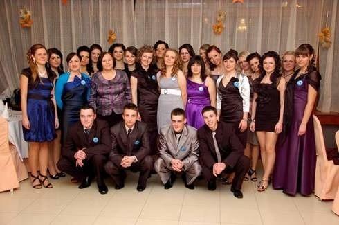 Zespól Szkól Ponadgimnazjalnych nr 6 w Krośnie, klasa IV Ta.By zaglosowac wyślij SMS o treści studniowka 72 pod numer 72051. Koszt jednego SMS-a to 2,44 z VAT.