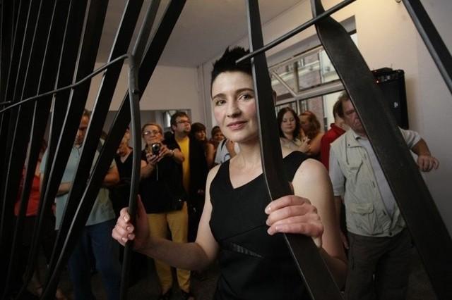Dzieła Doroty Nieznalskiej budzą kontrowersję, ale urzędnicy zdecydowali się na wystawę autorki w Sopocie