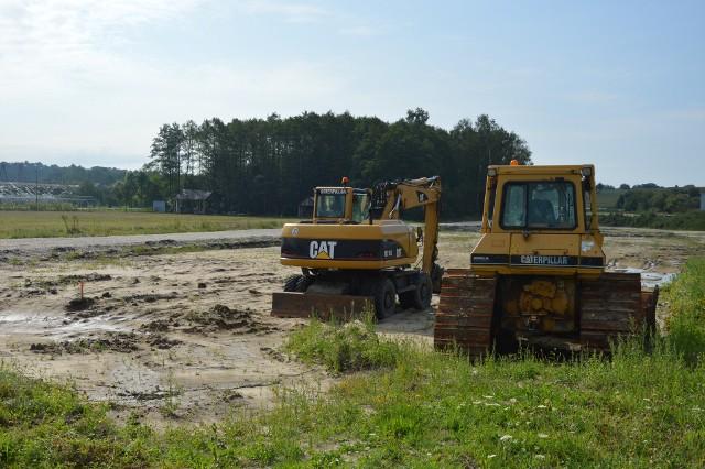 Tempo prac na budowie spadło już w wakacje