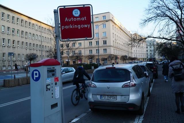 Nowością jest Śródmiejska Strefa Płatnego Parkowania (ŚSPP), która będzie obowiązywać na Starym Mieście i Jeżycach (do ul. Polnej). Na Starym Mieście zostanie uruchomiona 1 kwietnia, a na Jeżycach 1 czerwca.