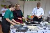 """Konkurs kulinarny """"Sąsiedzi przy stole"""" w Suwałkach. Degustacja dań kuchni kamdeulskiej"""