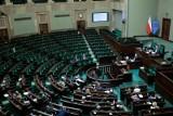 Debata w Sejmie ws. zapory na granicy polsko-białoruskiej. Dzisiaj głosowanie. Na wschodniej granicy powstanie mur?