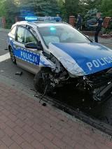 Policyjny pościg ulicami Sieradza! Rozbity radiowóz!