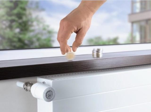 Rachunki za ogrzewanieDzięki możliwości regulowania temperatury w pomieszczeniach, możemy zaoszczędzić na opłatach za ogrzewanie nawet kilkadziesiąt procent