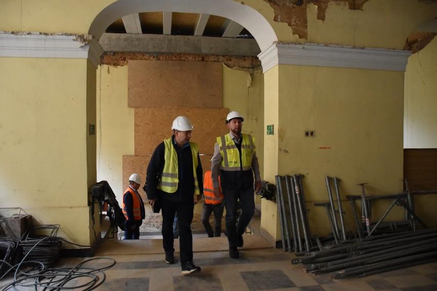 Zobacz, jak przebiega remont Pałacu Dietrichsteinów