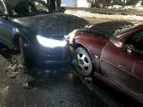 Wypadek na Psim Polu. Czołowe zderzenie na wiadukcie (ZDJĘCIA)