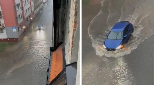 Wielka ulewa w województwie śląskim. Tym razem najbardziej ucierpiał powiat tarnogórski. Strażacy interweniowali tam ponad 60 razy. W wyniku opadów zostały ewakuowane 4 osoby.
