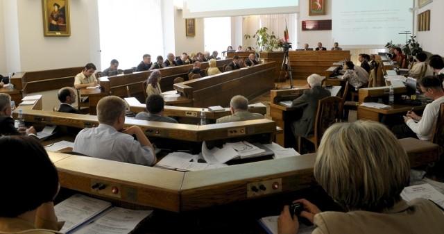 Fundacja Wolności skarży się Radzie Miasta na miejskie spółki