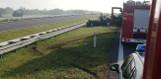 Wypadek na S7 w Kuźni w gminie Jastrząb. W osobówce wystrzeliła opona, jedna osoba w szpitalu