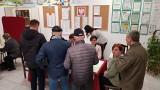 Przez epidemię rezygnują z zasiadania w komisjach wyborczych