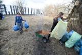 Toruń. Setki ton odpadów na dzikich wysypiskach. Gdzie jest najgorzej? Magistrat prosi o podawanie adresów takich miejsc