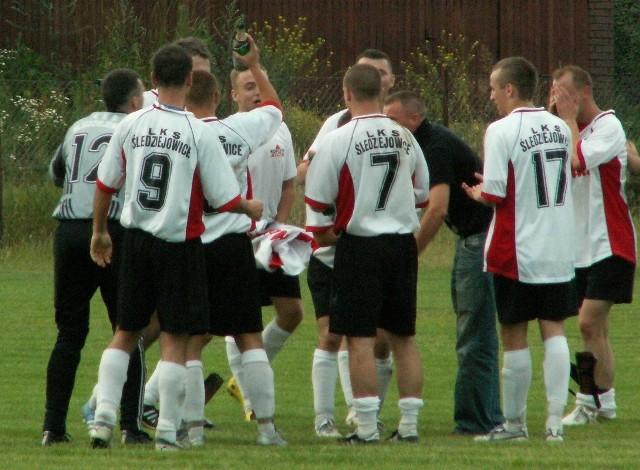 VI liga Kraków, 2008: Zieleńczanka - Śledziejowice