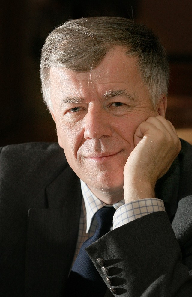 Dzięki takim ludziom, jak prof. Jan Miodek, studia polonistyczne odrodziły się we Wrocławiu
