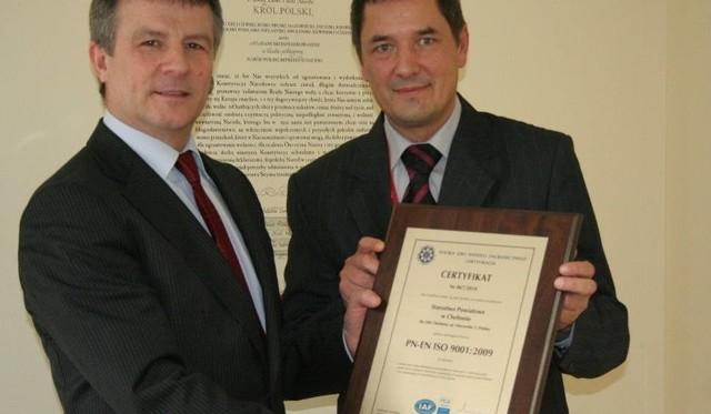Tadeusz Derebecki (z prawej) z powołania starosty Zdzisława Gamańskiego (obok) został przewodniczącym Powiatowej Rady Rynku Pracy w Chełmnie