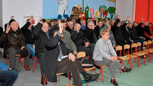 Mieszkańcy Krzywaczki zagłosowali za oddaniem budynku na rzecz Polaków z Donbasu