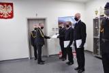 Nowi strażacy w Komendzie Powiatowej Państwowej Straży Pożarnej w Brzezinach