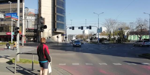 Rusza budowa ścieżki rowerowej wzdłuż ulicy Swobodnej we Wrocławiu.