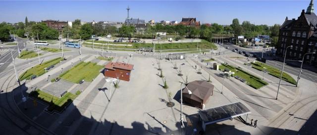 Tak wyglądał plac Powstańców Wielkopolskich zaraz po przebudowie w 2007 roku