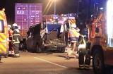 Potworny wypadek Polaków na autostradzie A1 w Niemczech. Pięć osób zginęło. Bus wbił się pod TIR-a
