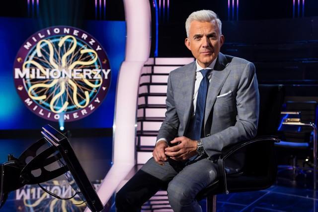 Milionerzy TVN to teleturniej, w którym należy prawidłowo odpowiedzieć na dwanaście pytań, by wygrać główną nagrodę - milion złotych
