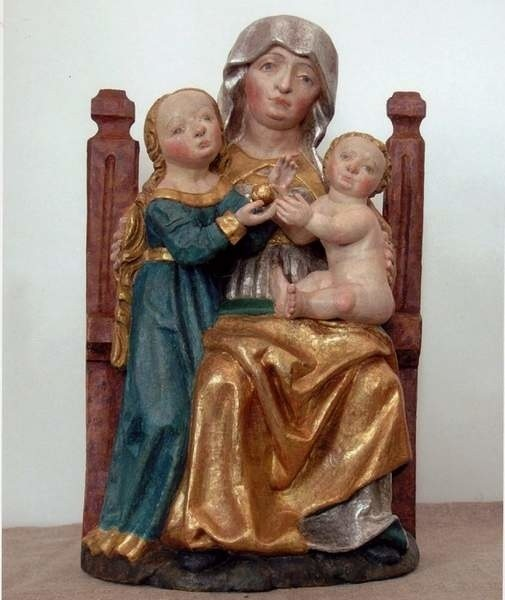 Figura św. Anny Samotrzeć z Olesna