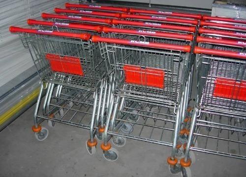 W środę sklepy będą zamknięteSupermarkety i większość małych sklepów będzie nieczynna.