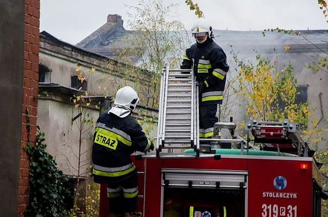 Strażacy wiele razy interweniowali w pustostanach przy ul. Wrzesińskiej