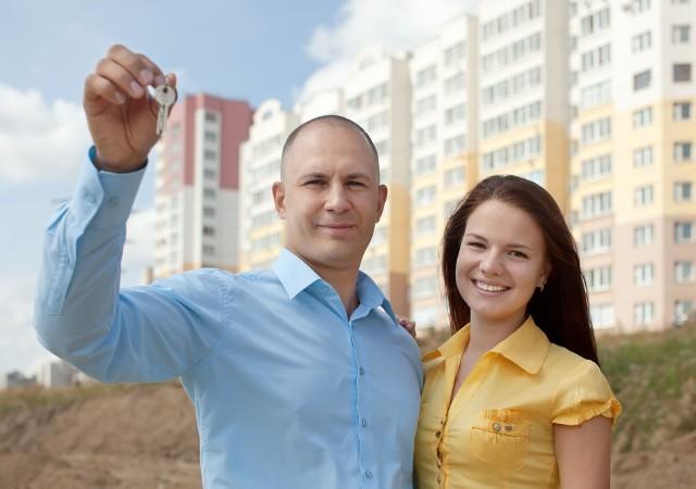 Z powodu koronawirusa sprzedaż mieszkań spadła, jednak mniej, niż obawiali się eksperci.