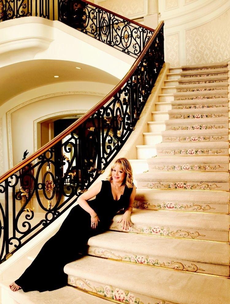 Wnętrza Manor są bardzo stylowe...