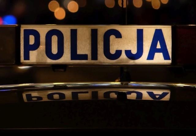 Tama. Wypadek motocyklisty zablokował DK61 niedaleko Rajgrodu. Mężczyzna zmarł w szpitalu