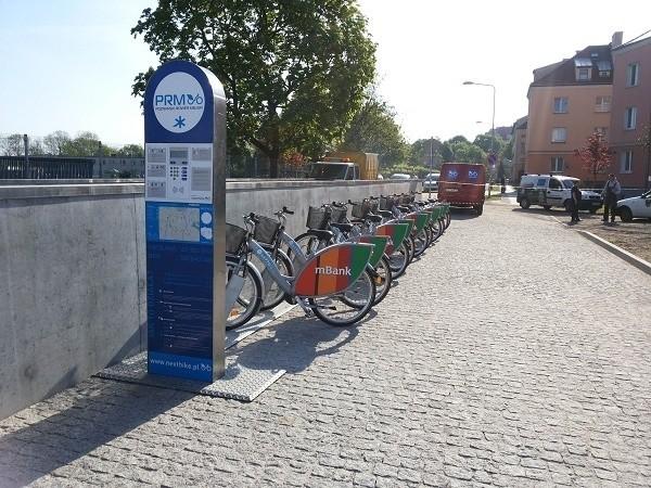 Stacja rowerowa przy Bramie Poznania (Ichot)