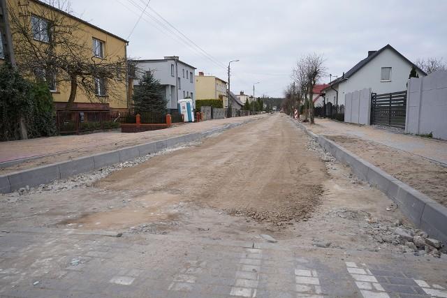 Gmina Sępólno remontuje drogi. Jedne inwestycje już się zakończyły, drugie trwają, inne są w planach