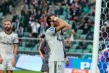 Legia przegrała kolejny mecz. Czesław Michniewicz twierdzi, że polskie drużyny muszą nauczyć się gry na wielu frontach