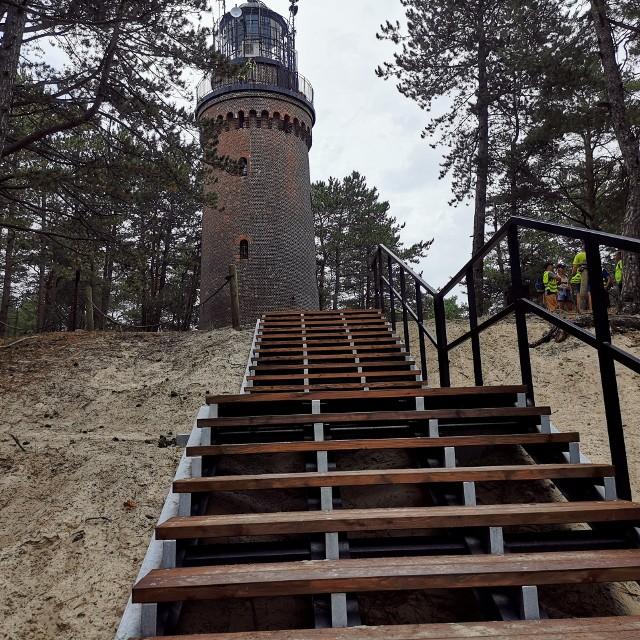 Nowe schody do Latarni w Czołpinie