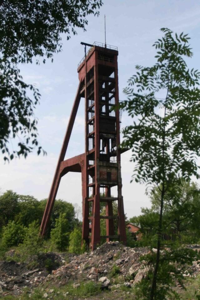 Wieżę szybu Prezydent wybudowano w 1933 roku