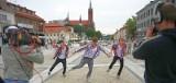 Bracia i Siostry oraz Studio Tańca Fair Play reprezentowali Białystok. Kawa czy herbata w TVP1 odwiedziła Rynek Kościuszki. (wideo i zdjęcia)