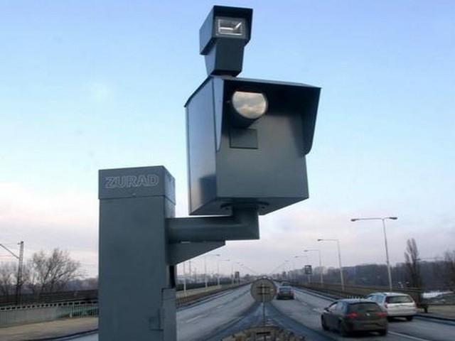 System fotoradarów ma zostać wsparty przez kamery pomiarowe, czyli tzw. strefowy pomiar prędkości. Ta nowość w kraju pojawi się najpierw w Bydgoszczy!