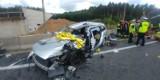 Tragiczny wypadek koło Radomska. Czołowe zderzenie ciężarówki z samochodem osobowym