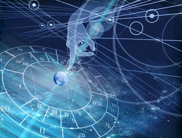 Aby obliczyć i odczytać horoskop, konieczna jest znajomość daty urodzenia danej osoby. Dzięki temu możliwe jest ustalenie znaku zodiaku i co za tym idzie, odkrycie ogólnych cech charakteru, skłonności oraz predyspozycji.