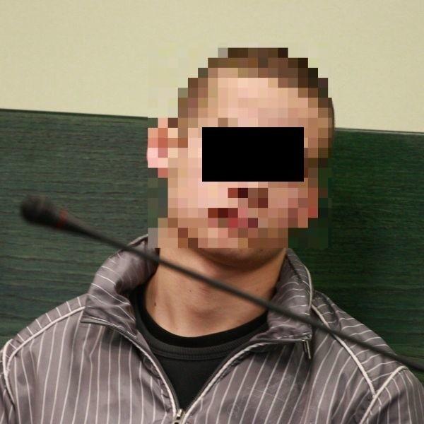20-latek wbił Kamilowi nóż w plecy. Uciekł, ale zaraz został schwytany przez policję.