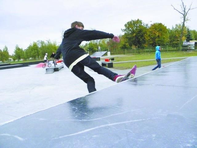 Budowa skateparku skończyła się 21 września. Od tego dnia obiekt przy ul. Parkowej jest oblegany przez młodych ełczan.