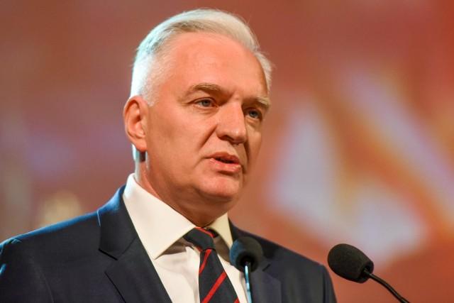 Wielkopolscy działacze Porozumienia deklarują, że stoją murem za Jarosławem Gowinem i nie opuszczą szeregów jego partii.