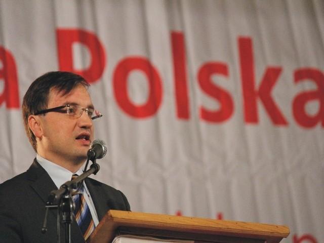 - Chcemy, aby prawica wygrała w Polsce wybory – mówi lider Solidarnej Polski, Zbigniew Ziobro na spotkaniu w Przemyślu.