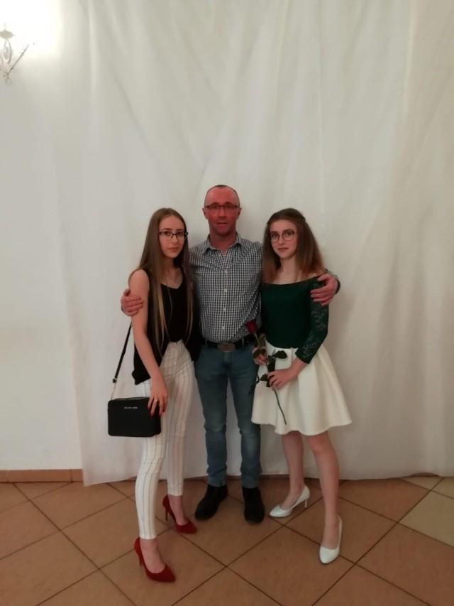 Oliwia i Zuzia straciły tatę... Mama zmarła 9 lat temu.