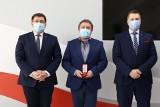 Dyrektor od zakazu błyskawic w szkole z Łodzi jak Jan Machulski i Kiejstut Bacewicz. Kto jeszcze otrzymał Medal Komisji Edukacji Narodowej?