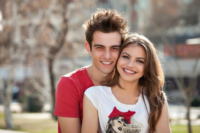 Jak napisać na sobie profil do randek internetowych