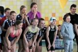 Pływanie. Liga Dzieci i Młodzików. Osiem złotych krążków Jedynki, pięć - Trójki