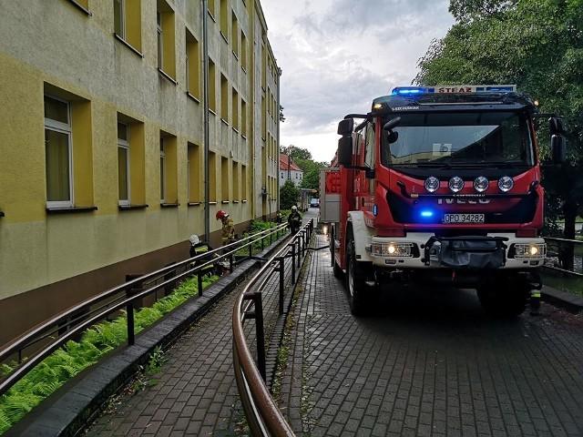 Strażacy musieli interweniować również w szpitalu w Kup w powiecie opolskim. Tam woda zalała piwnice.